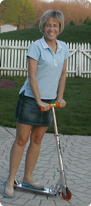 scooter_girl_1